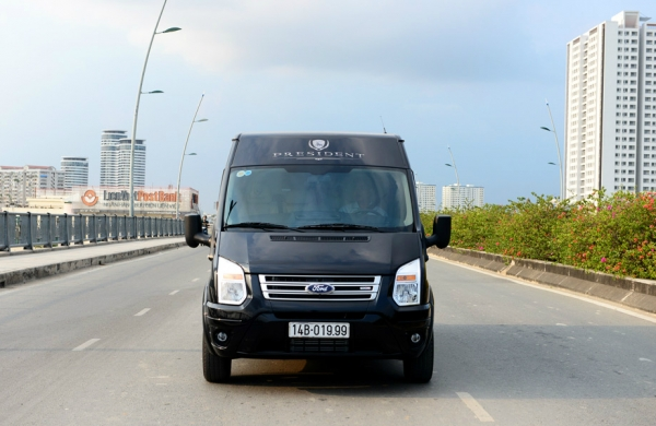 Du lịch bằng xe DCar Limousine tới các điểm đến hot tại Việt Nam
