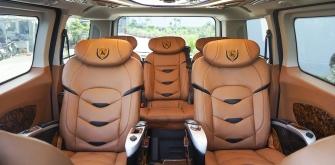 DCAR LIMOUSINE - Ford Tourneo
