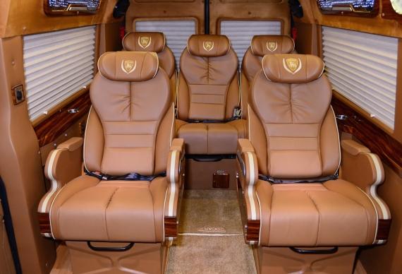 DCar Limousine 2018 Nội thất màu da bò