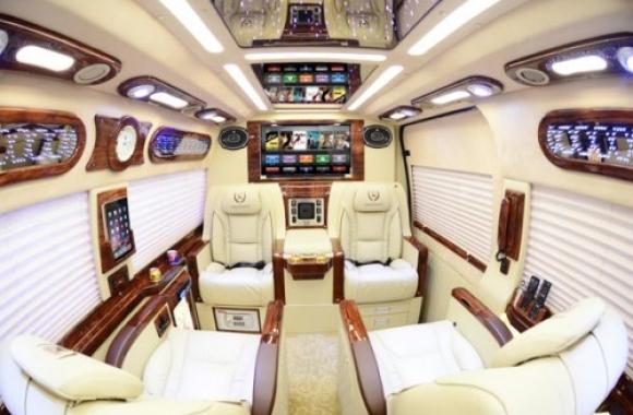 Cận cảnh nội thất dcar limousine